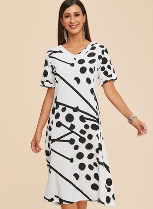 Plus Size Geometric V-Neckline Casual Midi A-line Dress Plus Dress (1334442)